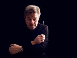 Dirigent Geert Schrijvers debuteert zondag 21 januari met Harmonie Kaatsheuvel